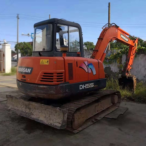 建筑挖掘机
