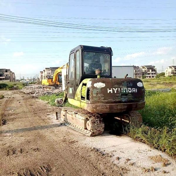 道路挖掘机